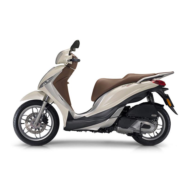 piaggio medley 150 noleggio moto lungo termine. Black Bedroom Furniture Sets. Home Design Ideas